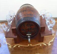Décoratif en bois Chêne tonneau debout avec 6x Mignon Lunettes Pub Bar Display