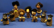 More details for collection of 9 retro wooden hans bolling figures