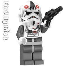 SW737 Lego Star Wars AT-AT Walker Driver AT-AT Driver Minifigure 8129 8084 NEW