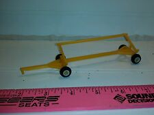 1/64 ertl farm toy yellow w/ white rims Plastic standi toys header cart trailer