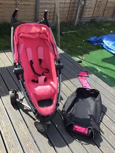 Quinny Zapp Xtra 2 Pushchair In Pink With Travel Bag