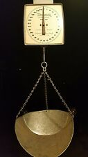 VINTAGE HANSON HANGING SCALE MODEL 600 DAIRY SCALE 60lb CAPACITY WORKS GREAT !