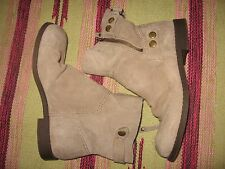 WOMENS 5 M SUEDE NINE WEST HARNESS ANKLE BOOTS VINTAGE COLLECTION