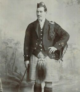 Fantastic Cabinet Card Photo Scottish Man Kilt Sporran McKean Leith Scotland