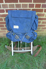 vintage LL Bean back pack with external aluminum frame (medium size)