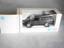 Volkswagen VW Passat 3A VARIANT in braun brun brown metallic, Schabak 1:43 BOXED