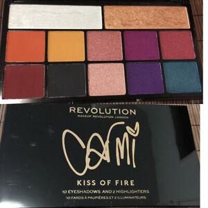 Lidschattenpalette Makeup Revolution X Carmi - Kiss Of Fire Eyeshadow bunt