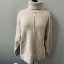 H&M oatmeal knit long sleeve turtleneck sweater M