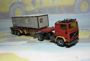 Siku Volvo FL10 Turbo with V318 3-axle container transporter trailer