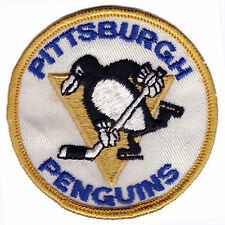 """1970'S PITTSBURGH PENGUINS NHL HOCKEY VINTAGE 3"""" ROUND YELLOW BORDER TEAM PATCH"""