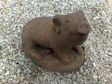 Schwein grunzend klein Tier Figur Skulptur Kunst Sandstein Antik Look P 13  ROT