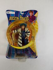 VINTAGE NEW IN PACKAGE  70'S AUSTIN POWERS DOLL FIGURE MEZCO GROOVY OUTFIT 2002