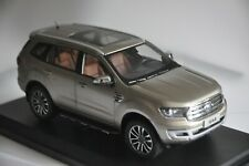 Ford Everest car model in scale 1:18 Salt Lake Ash
