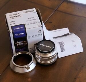 Olympus M.Zuiko 17mm f/1.8 Lens For Micro Four Thirds Silver Barely Used w/Hood