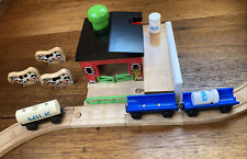 Thomas Wooden Railway Sodor Dairy Farm ADULT OWNED Complete++ 01 Destination Lot