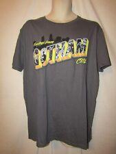 mens dc comics batman t-shirt L nwt greetings from gotham gray