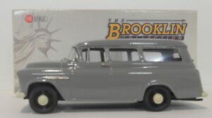 Brooklin 1/43 Scale BRK134  - 1955 Chevrolet Suburban Carryall Granite Gray