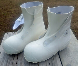 MILITARY EXTREME COLD WEATHER  Bunny Mickey Mouse Boots 11N, New old Stock