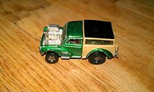Vintage 2001 Hot Wheels Mg Rover Green Tan Truck Car Collectible Rod Race Car