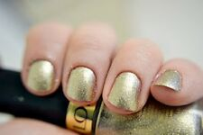 NEW! Revlon Nail Polish Lacquer in GOLD COIN #925