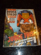 JUDGE DREDD THE MEGAZINE - Series 3 - No 72 - Date 12/2000 - UK Comic