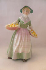 """""""DAFFY DOWN DILLY"""" ROYAL DOULTON FIGURINE - HN1712 - MINT"""