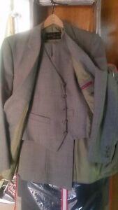 Australian Made1960s Fletcher Jones 2 button 3 piece suit 80% wool 20% poly