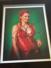SEXY LUCY LAWLESS of XENA/SPARTACUS SIGNED 8X11 PHOTO CELEBRITY SLEUTH RED DRESS