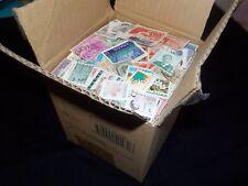 Lot de 6250 Timbres Poste de TOUS PAYS(sf France)dans un petit carton !!TB