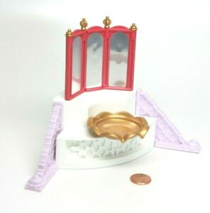 Playmobil Princess Castle Pink Tri-Fold Mirror Gold Fountain Furniture 5144