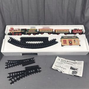 Winterville Express Train Set Musical New Bright #174 Christmas Tree Village