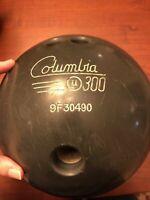 Vintage Columbia u300 Bowling Ball - w/ vintage bag