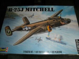 1/48 B-25J MITCHELL USAAC Bomber Jaunty Jo by Revell SEALED!