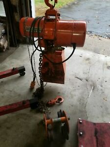 Columbus-McKinmom C&M, 2Ton electric hoist with trolley and heavy duty cables