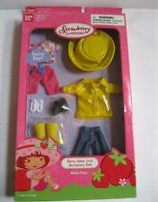 Strawberry Shortcake Berry Wear RAINY DAYS CLOTHES Outfit Bandai NEW-BOOTS/SHOES