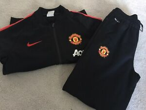 Nike Manchester United Boys Full Tracksuit Age 10-12 Years, Excellent Condition