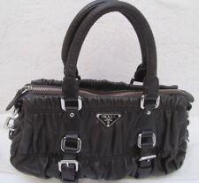 Authentique et magnifique sac à main PRADA en cuir froncé bag