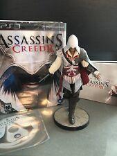 Assassins Creed II Ezio Auditore Xbox 360 Statue Figure White Edition With Book