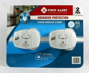 New 2 Pack First Alert Carbon Monoxide Plug-In Alarm with Battery Backup