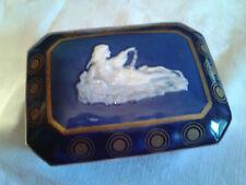 belle bonbonnière  porcelaine de Limoges sur pieds boules