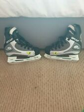 New listing Size 11 – Graf Supra 1001 Children's ice skates and bag.  Very Good Condition.