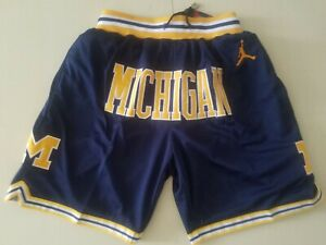 HOT Michigan Wolverines Vintage Men's Navy blue Basketball Shorts Size: S-XXL