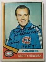 1974-75 TOPPS #261 SIGNED SCOTTY BOWMAN ROOKIE CARD WITH 3 INSCRIPTIONS~EX+ Cond