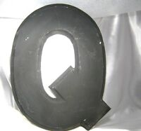 """VINTAGE INDUSTRIAL SALVAGE BIG LARGE WALL LETTER 'Q'  METAL 12"""" tall"""