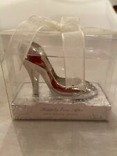 """Disney Fairy Tail Wedding Shoe Bottle Opener """"Happily Ever After"""" 2011, 2""""X2 3/4"""