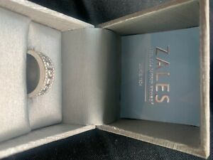 Zales 14K Diamond Wedding Ring Size 8