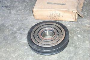 NOS AC Compressor Pulley 1985/85 Ford Thunderbird/LTD LX-Mercury Cougar 5.0 302