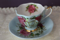 STUNNING QUEEN ANNE ENGLAND PALE BLUE TEA CUP & SAUCER CABBAGE ROSE