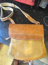 Marco Buggiani Unisex Camel 2 tone Leather Messanger Crossbody Bag Medium