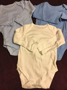 Baby Boy Long Sleeved Bodysuits 9-12 Months New